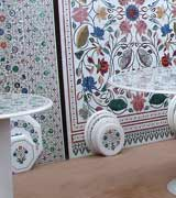 Monarch Crafts: Manufacturer & Exporter of Handcrafted Marble Inlay Products.